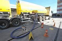 A dilatação implica em volume maior de combustivel
